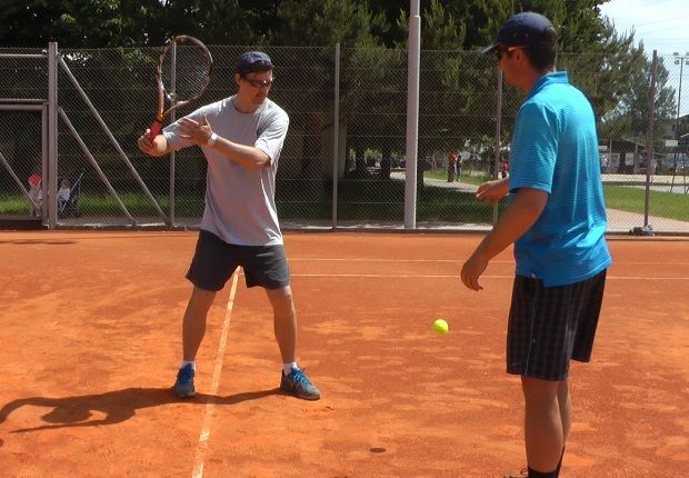 Learning tennis forehand technique