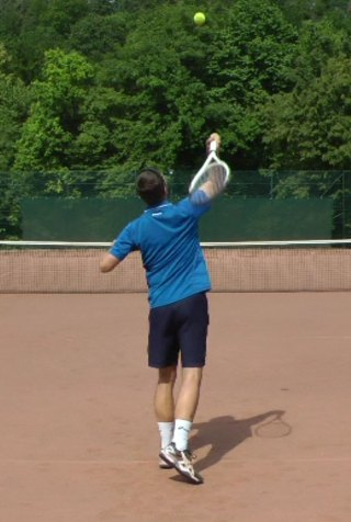 tennis serve with control